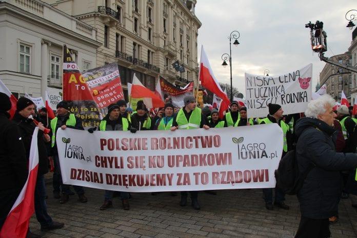 Protest rolników pod Pałacem Prezydenckim
